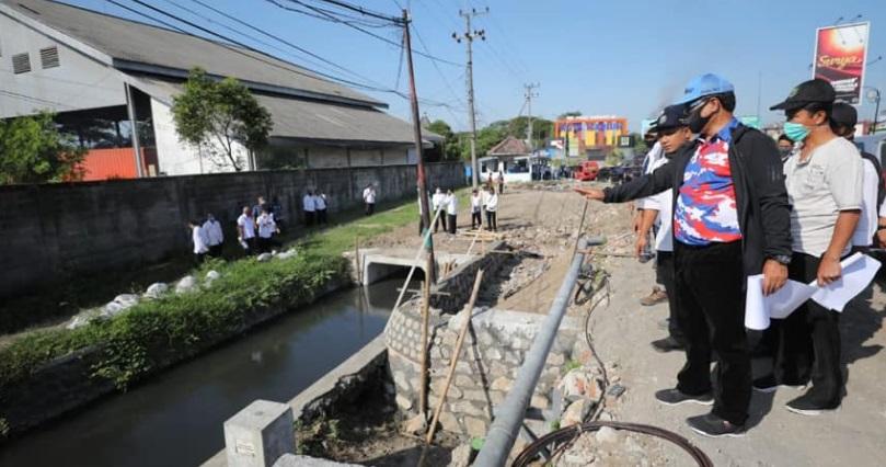 Wali Kota Madiun tinjau Ring Road Timur, ditargetkan perencanaan pembangunan bisa kelar akhir tahun ini.