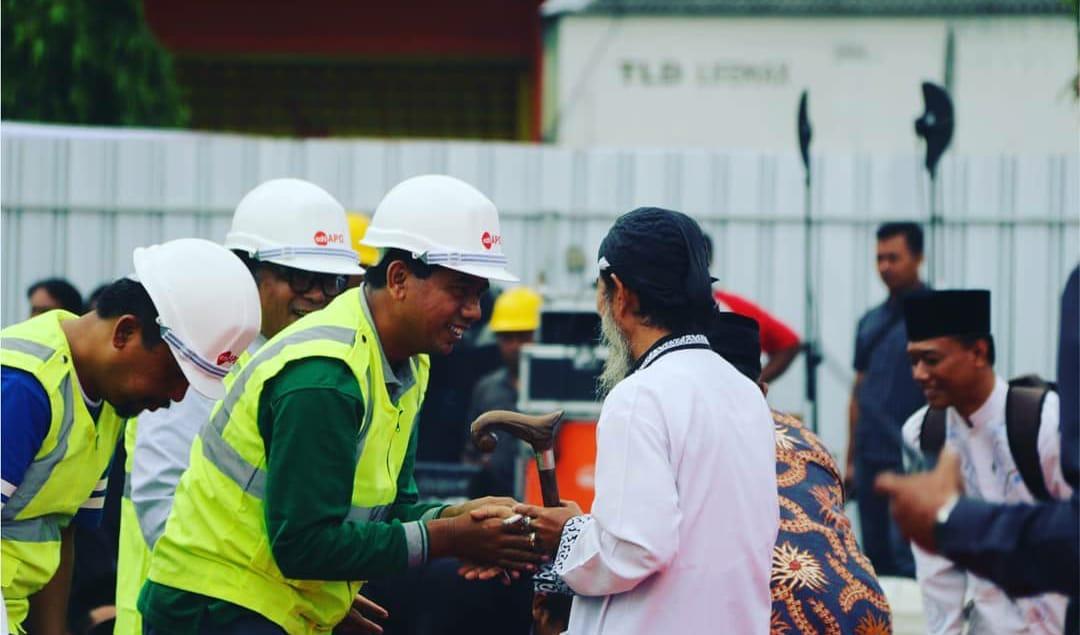 Ketua DPRD saat pembangunan tiang pancang di Pasar Legi