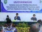 Wali Kota Madiun saat Musrenbang di Kelurahan Rejomulyo, Kecamatan Mangunharjo