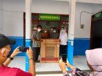 Arumi Bachsin memberikan bantuan kepada Panti Asuhan Tuna Netra Terpadu Aisyiyah Ponorogo