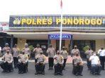 Kapolda Jatim foto bersama dengan jajaran Polres Ponorogo