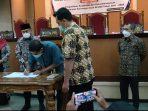 Ketua DPRD Ponorogo menandatangani Nota Kesepakatan Rancangan Awal RPJMD Ponorogo 2021-2026