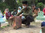 Dengan Protokol Kesehatan, Masyarakat Desa Klumutan menggelar kegiatan Nyadranan